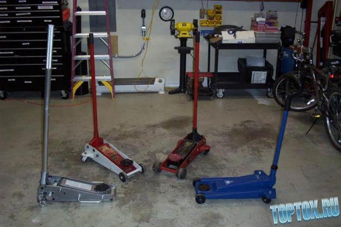 Хороший подкатной домкрат для гаража